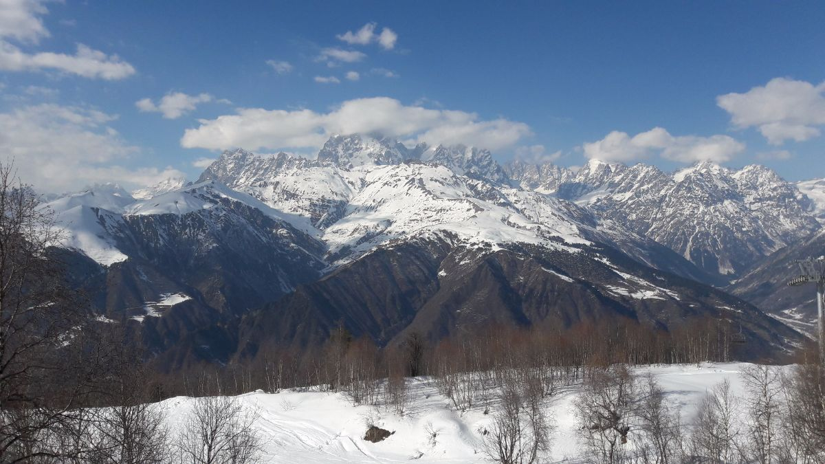 The Caucasus Mountains, is a paradise for ski touring and freeriding enthusiasts