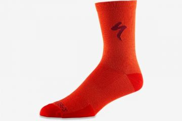 SPECIALIZED SOFT AIR ROAD TALL SOCK ROCKET RED